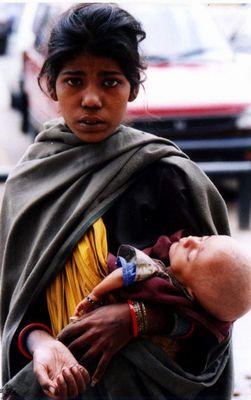 Bettlerin aus Neu Delhi