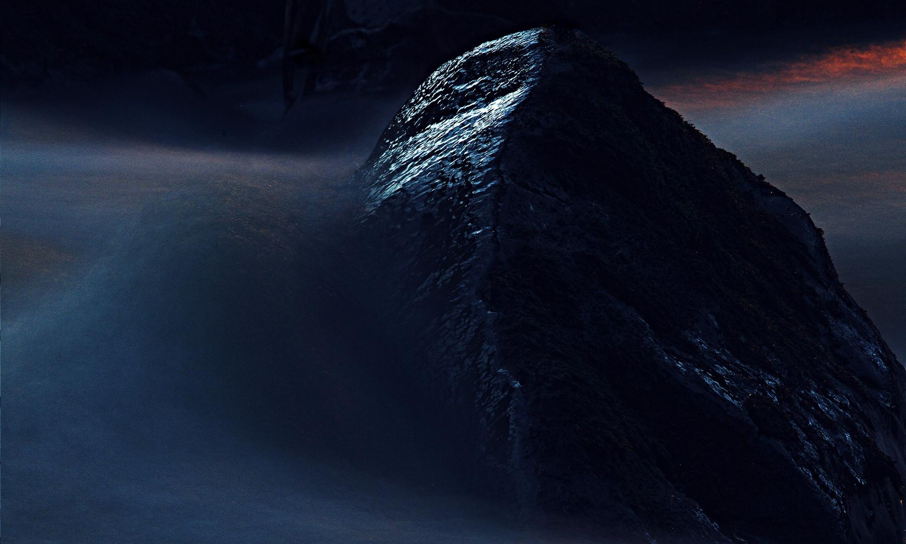 between the mountains II