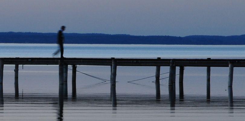 bewegung überm See...
