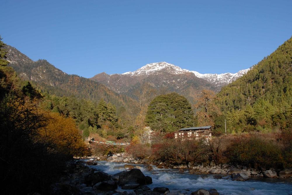Bhutan Jhomolharitrek 2