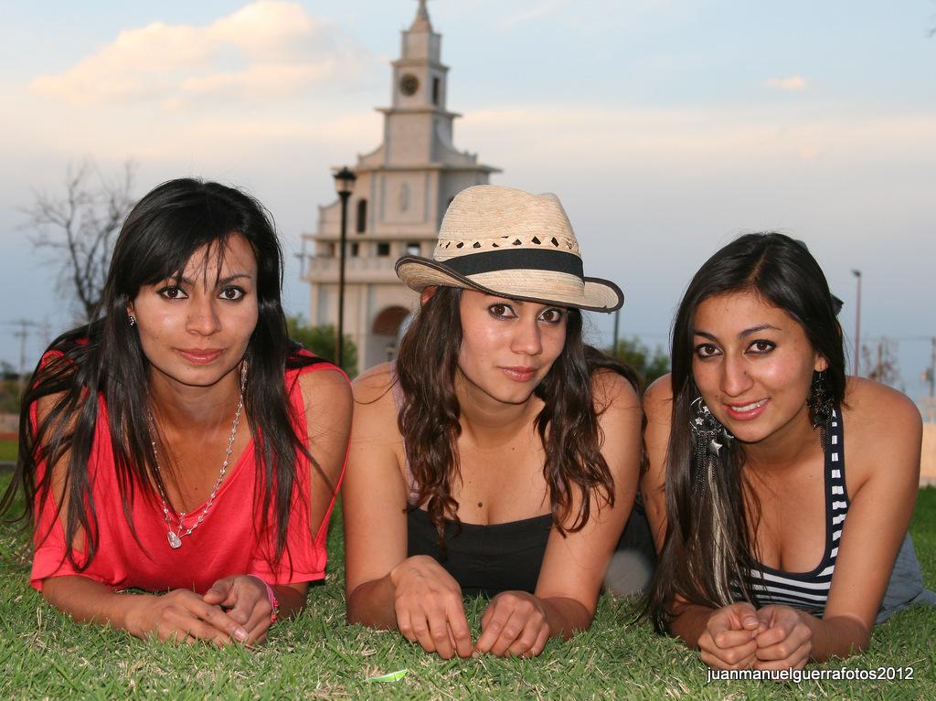Bianca, Emma y Tania