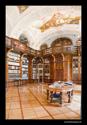 Bibliothek - Stift Zwettl
