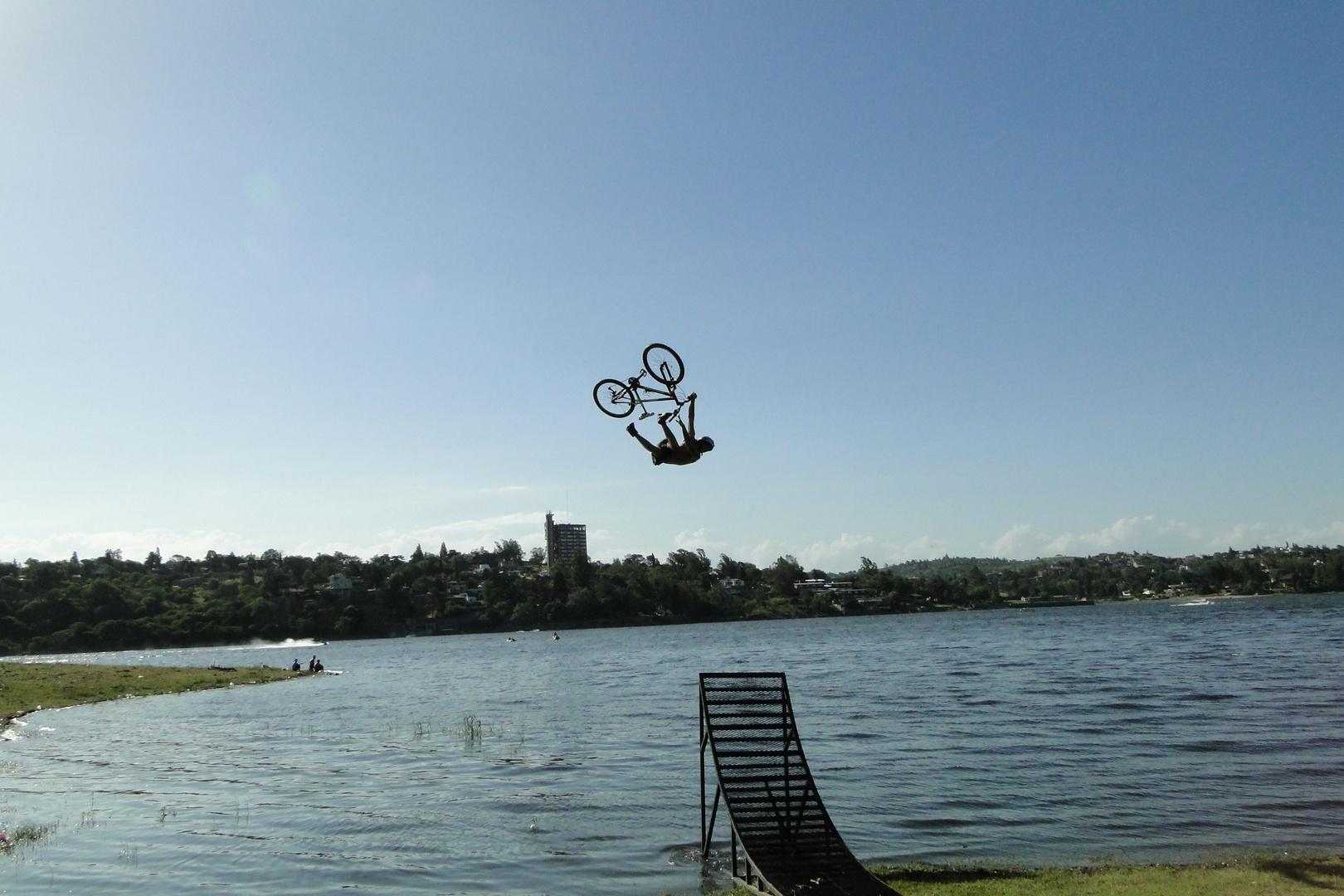 bici al agua