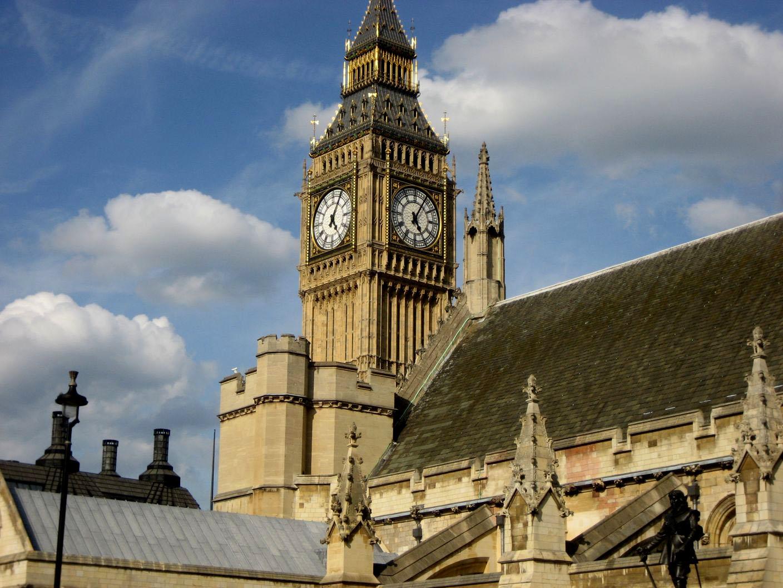 Big Ben par dessus les toits