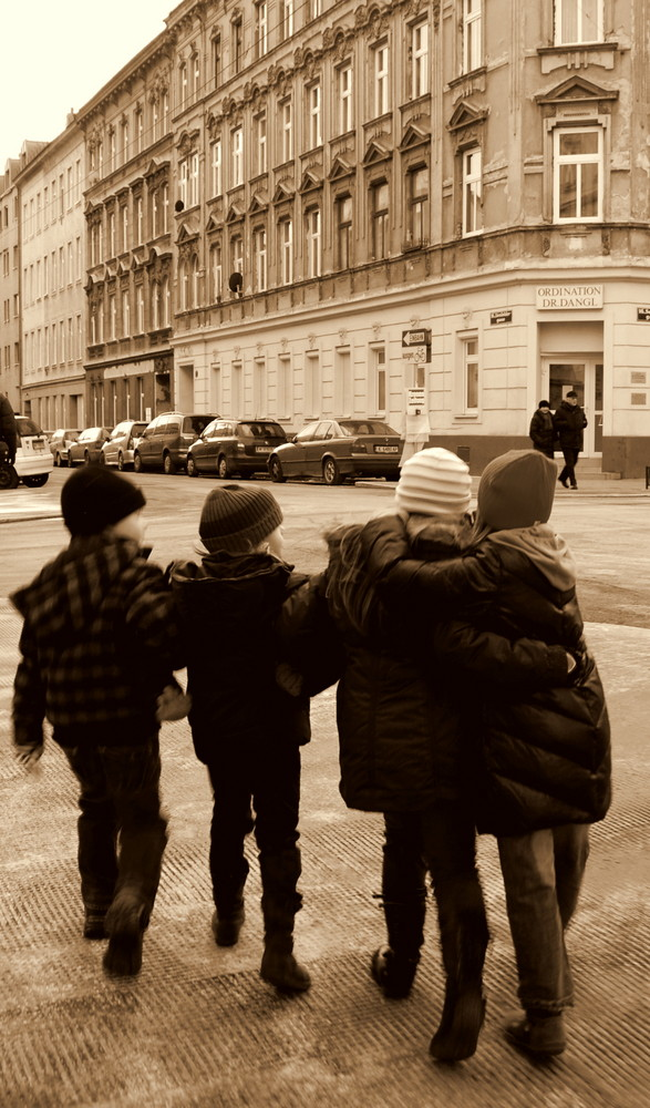big city - little friends