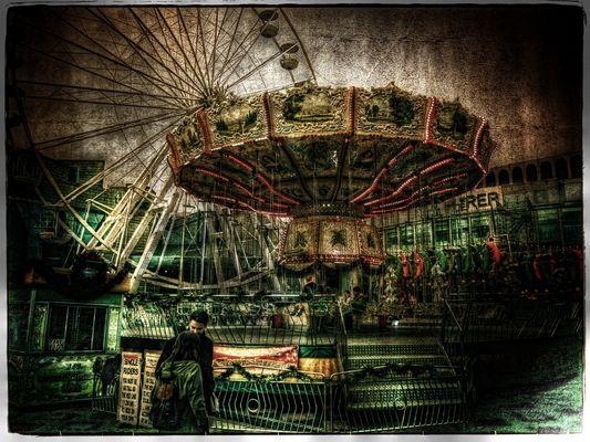 Big Wheel & Carousel