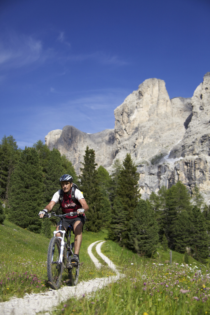 Biken in den Dolomiten