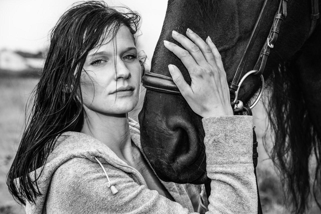 Bildserie: Mensch und Pferd - 7