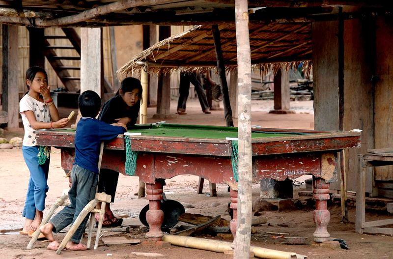 Billard in Laos
