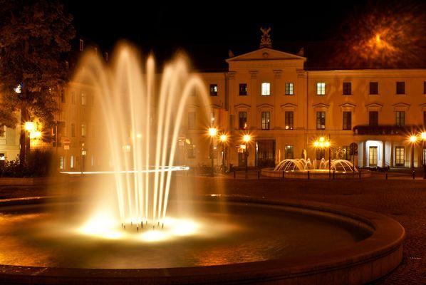 Bismarckplatz bei Nacht