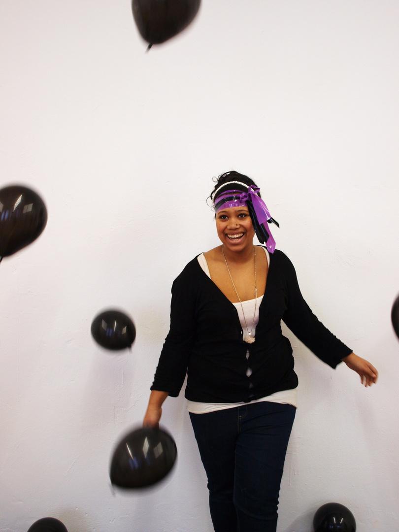 black ballons