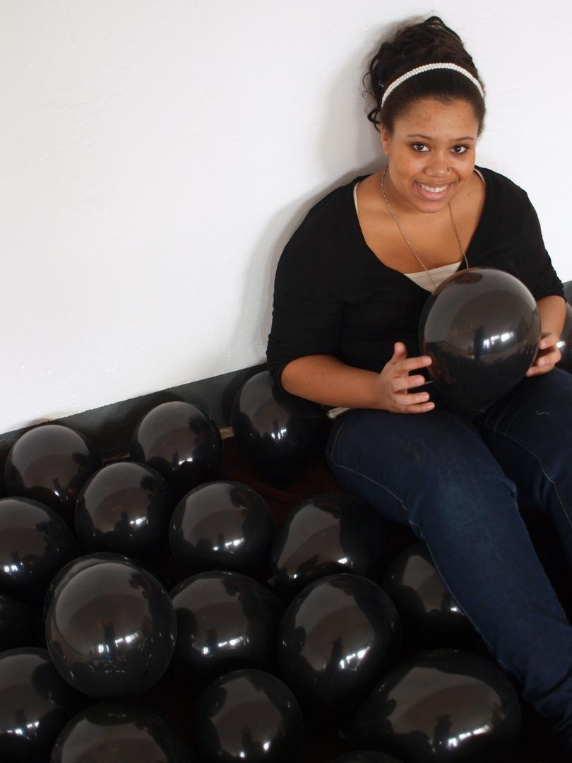 black ballons2
