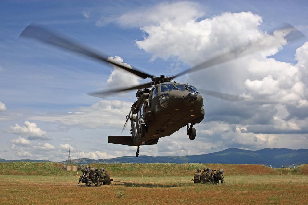 Black Hawk lift-off