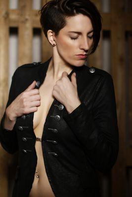 ..::black jacket - two::..
