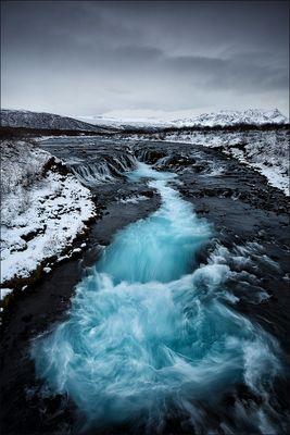 [ ... black, white & blue ]