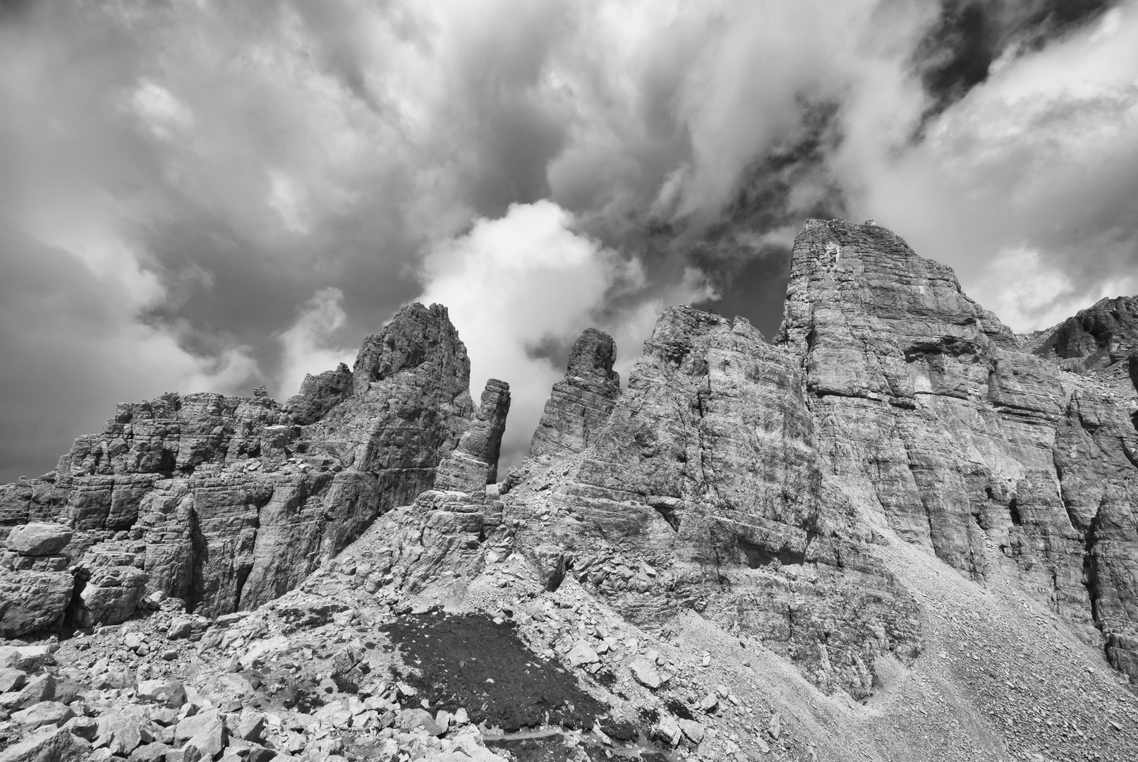 Black-White Dolomites