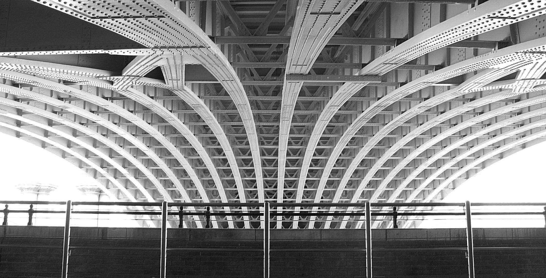 Blackfriars Bridge von unten 2