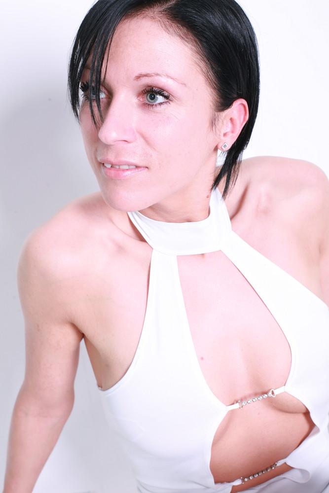 blanc profil 2