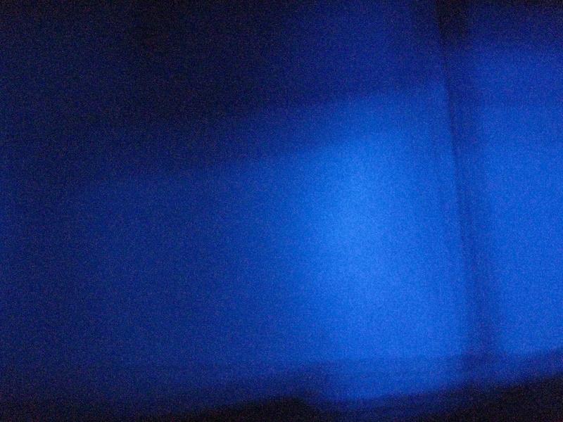 blau durch schwarz