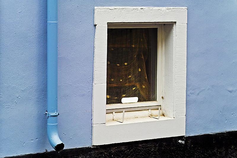 blau - oder Gold im Fenster