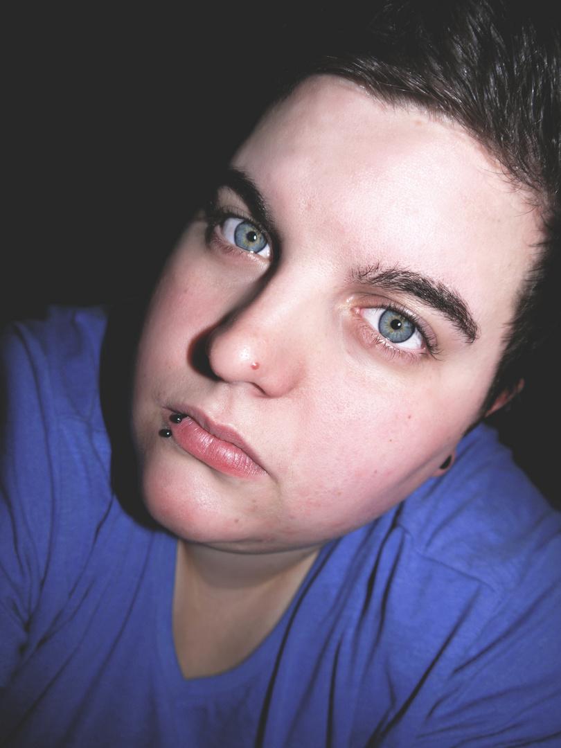 ...blaue Augen...