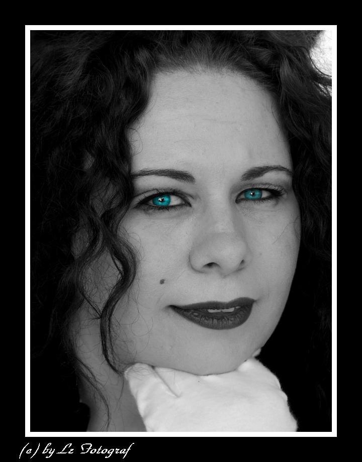 ...blaue Augen........