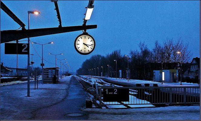 blaue Bahnhofsstunde