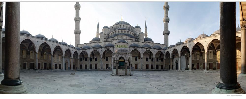 Blaue Moschee am frühen Morgen