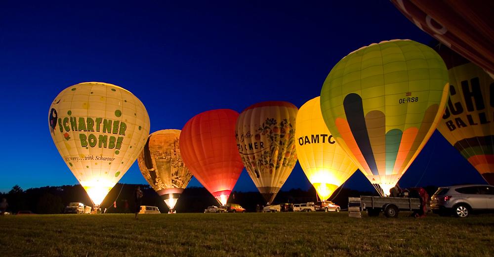 (B)laue Nacht der Ballone