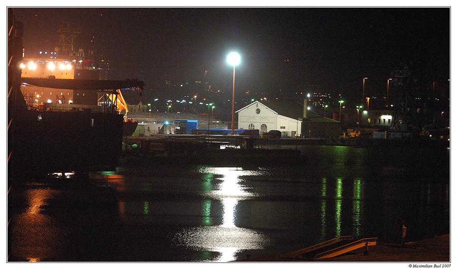 Blaue Nacht, oh blaue Nacht am Hafen