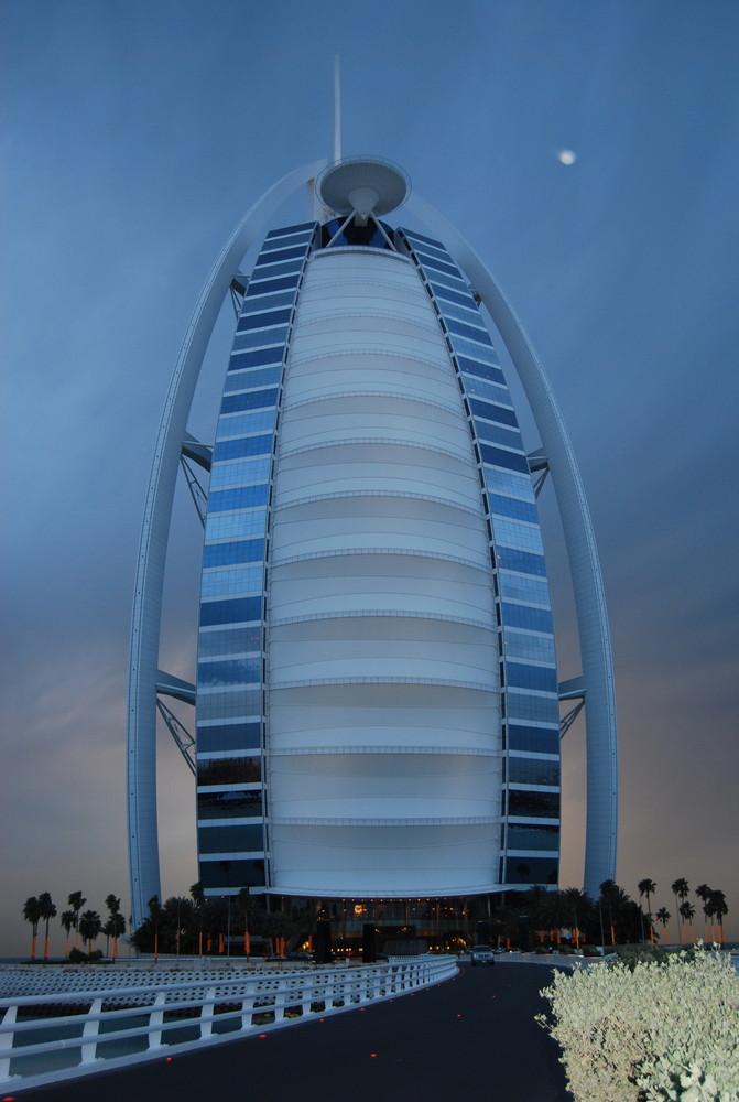 Blaue Stunde am Burj al Arab