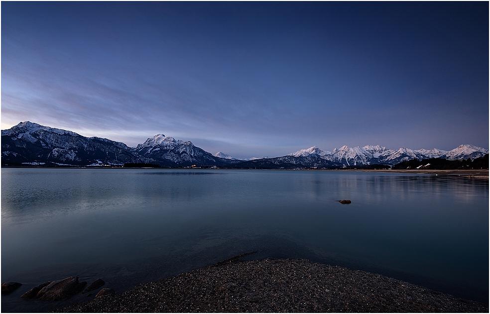 Blaue Stunde am Forggensee
