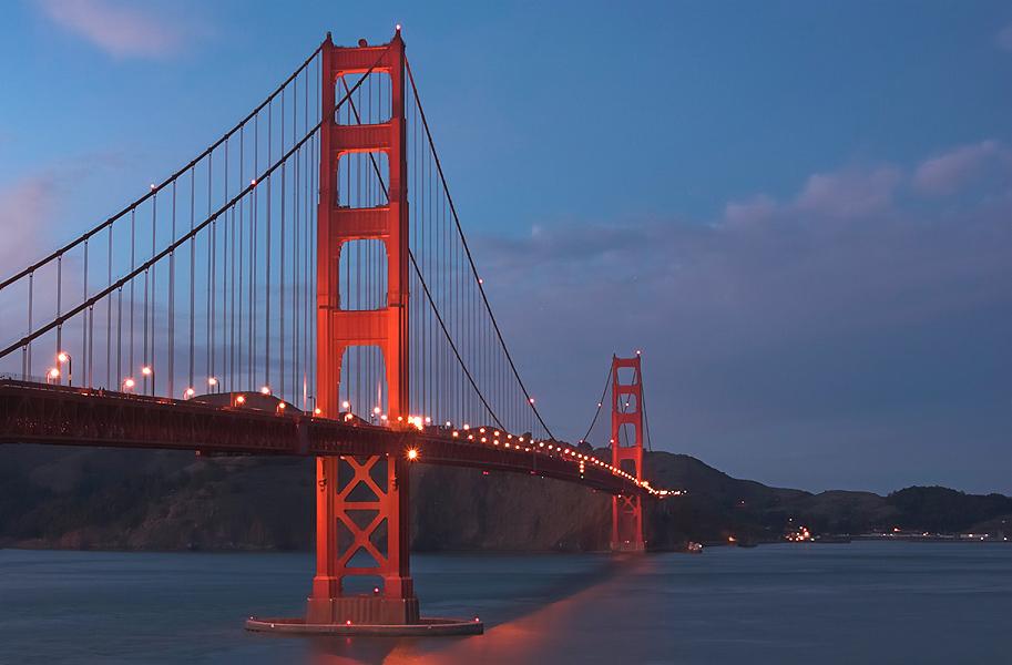 Blaue Stunde am Golden Gate