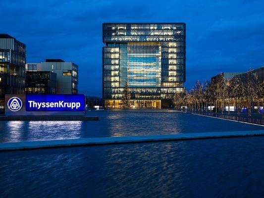 Blaue Stunde bei Thyssen Krupp