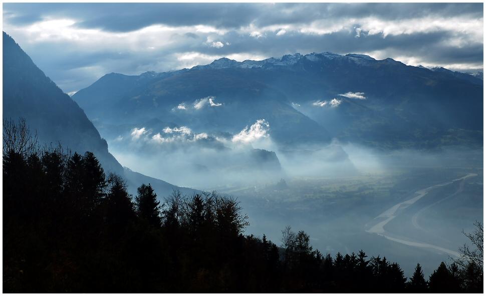 Blaue Stunde der Berge