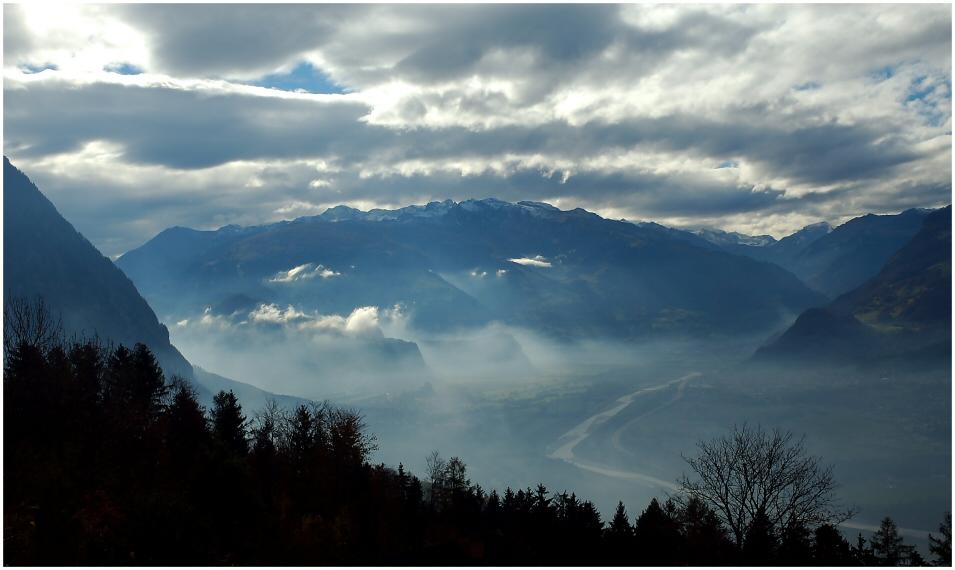 Blaue Stunde der Berge ... II
