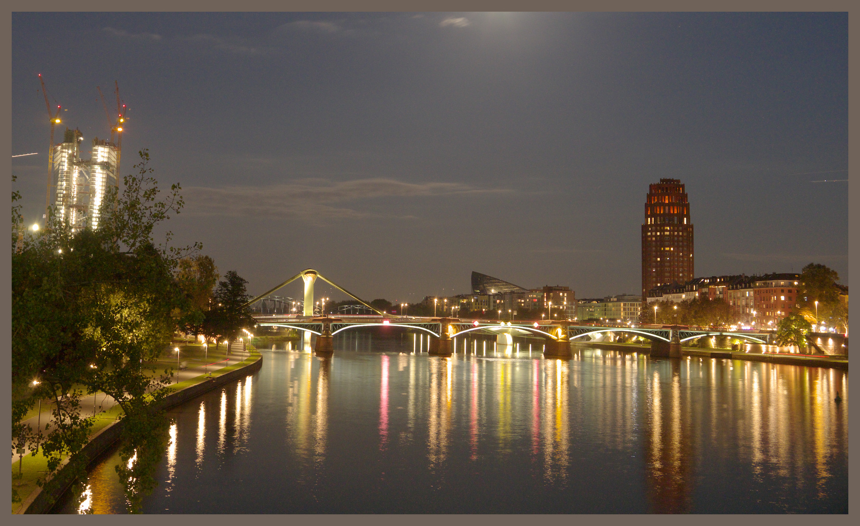 Blaue Stunde in Frankfurt