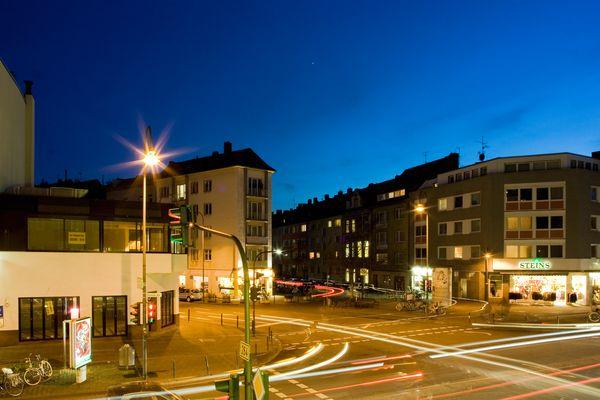 Blaue Stunde in Köln-Lindenthal