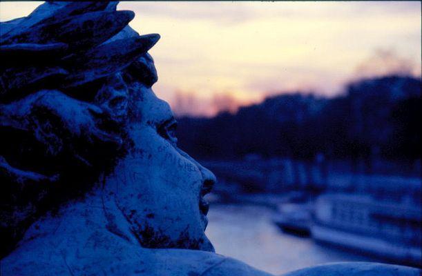 Blaue Stunde in Paris