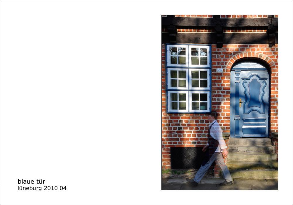 ...blaue Tür...