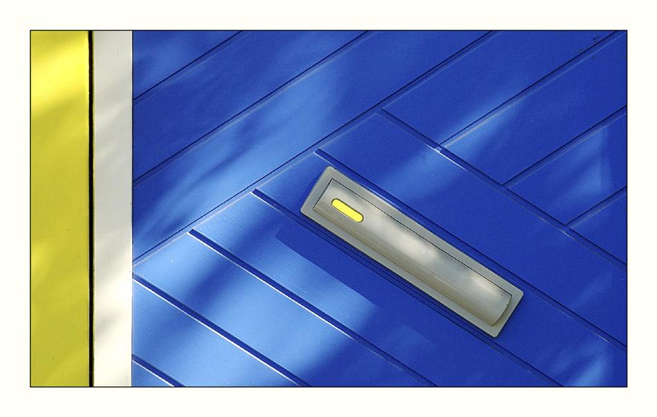 Blaue Tür.Gelb (2)
