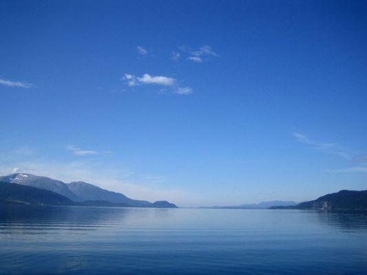 blauer fjord