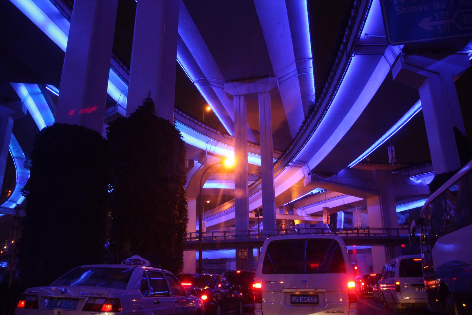 Blauer Knoten in Shanghai