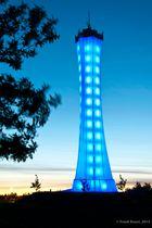 Blauer Turm zur blauen Stunde