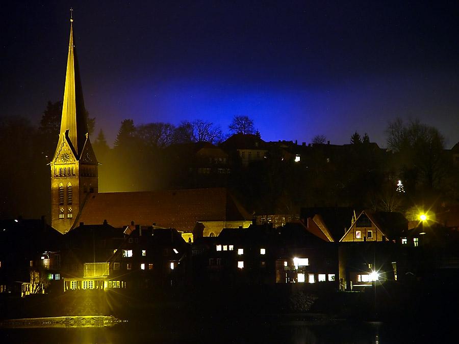 Blaues Licht über Lauenburg II (Fuji Finepix S7000)
