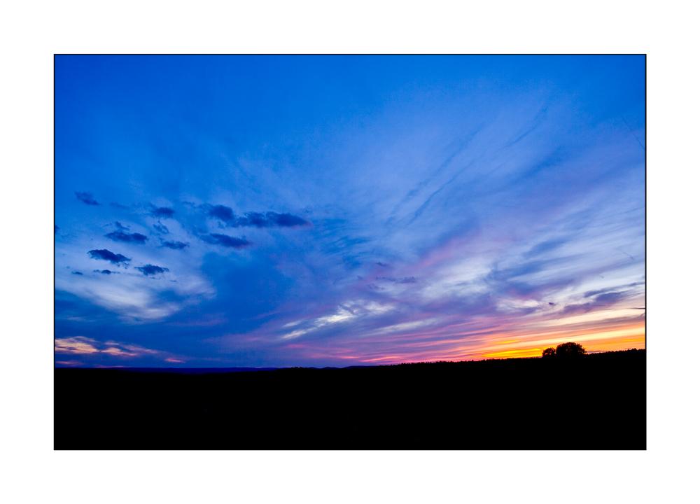 Blauroter Abendhimmel