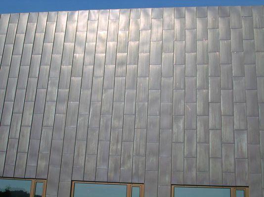 Blech-Fassade aus Rheinzink