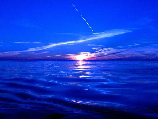 bleu sunset on the North sea