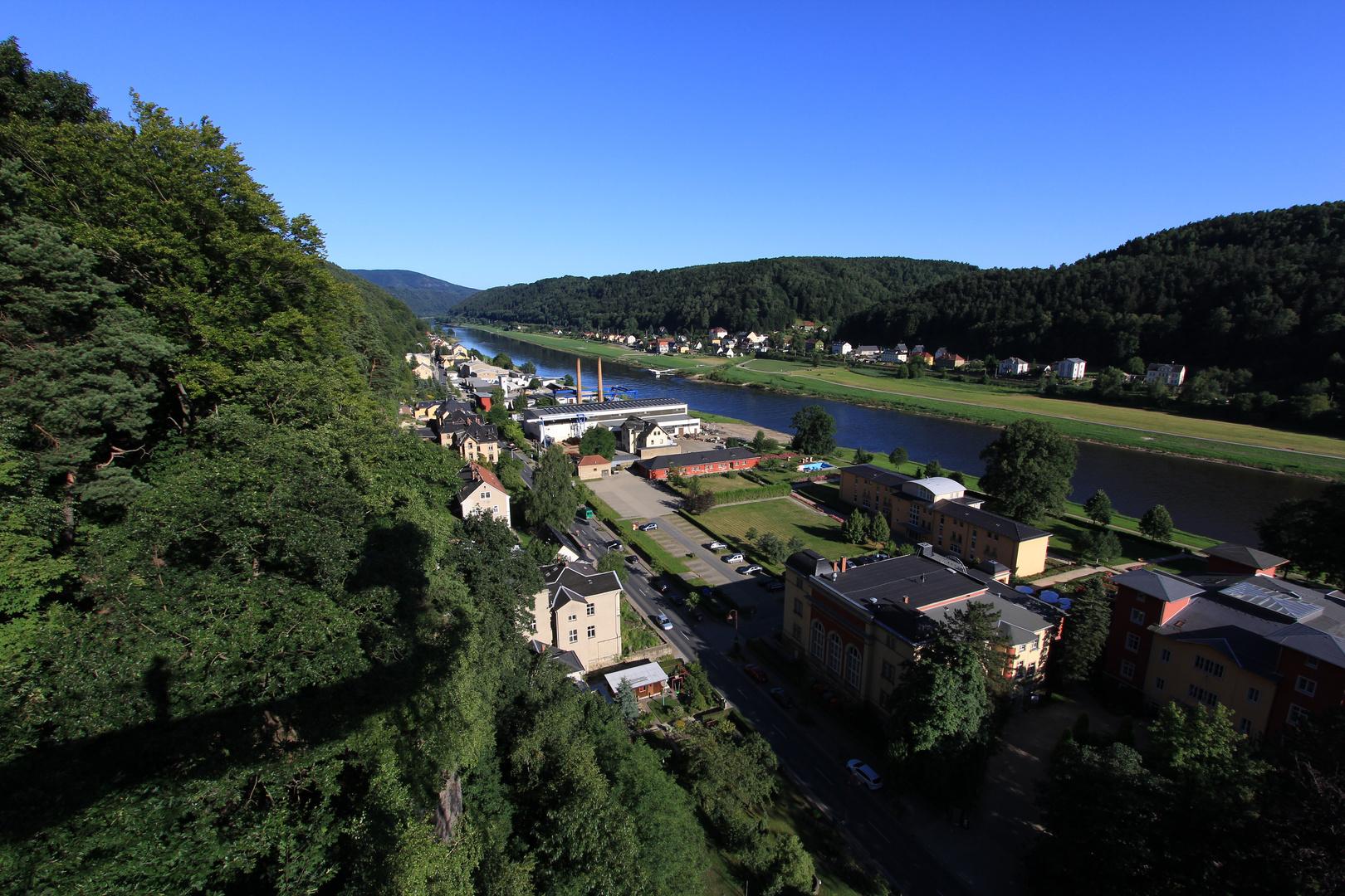 Blick auf Bad Schandau elbaufwärts
