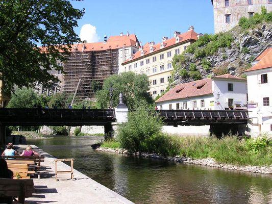 Blick auf das (immer noch in Restauration befindliche) Schloss in Ceský Krumlov